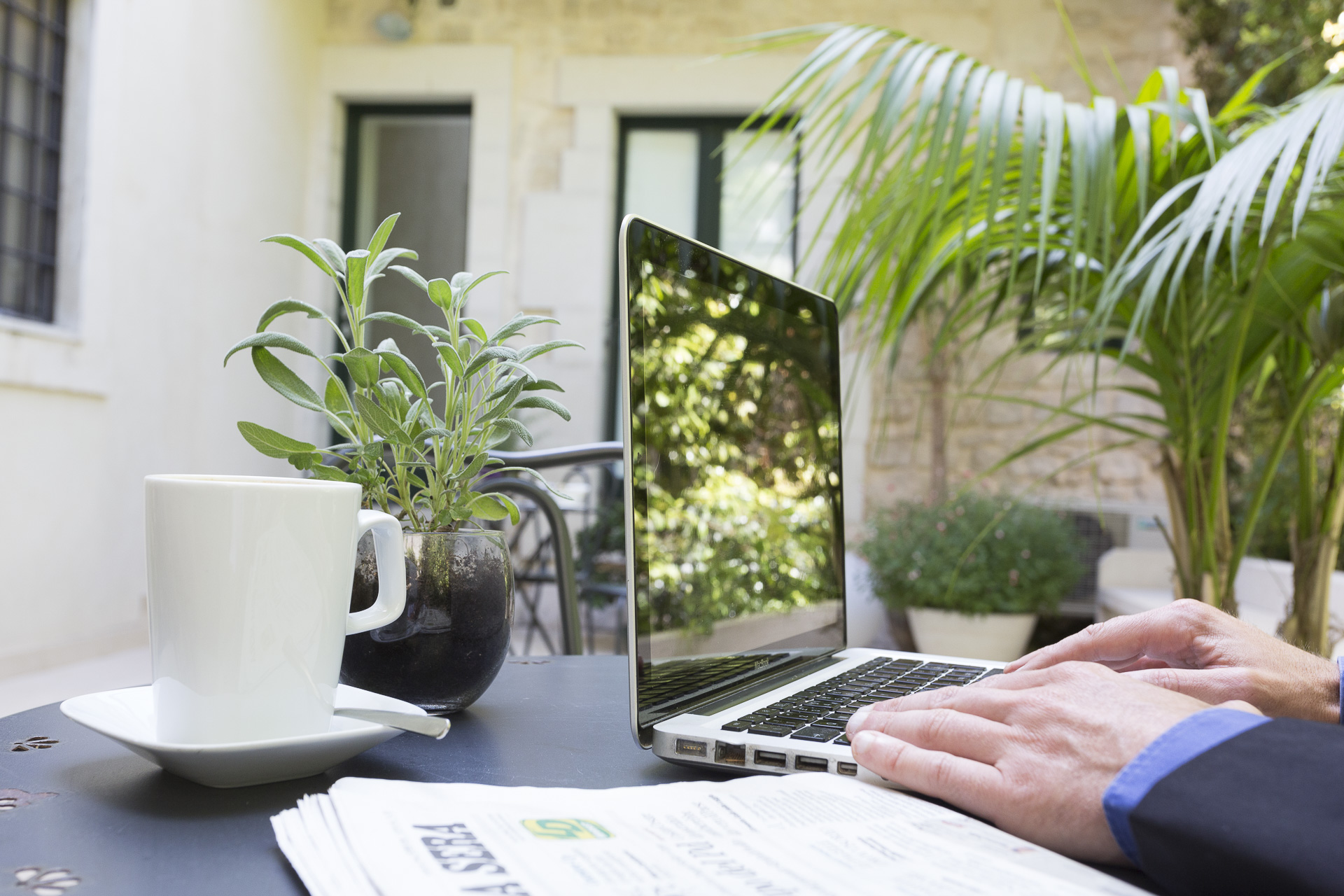 Wi-fi & Sky Free | Hotel Novecento Scicli